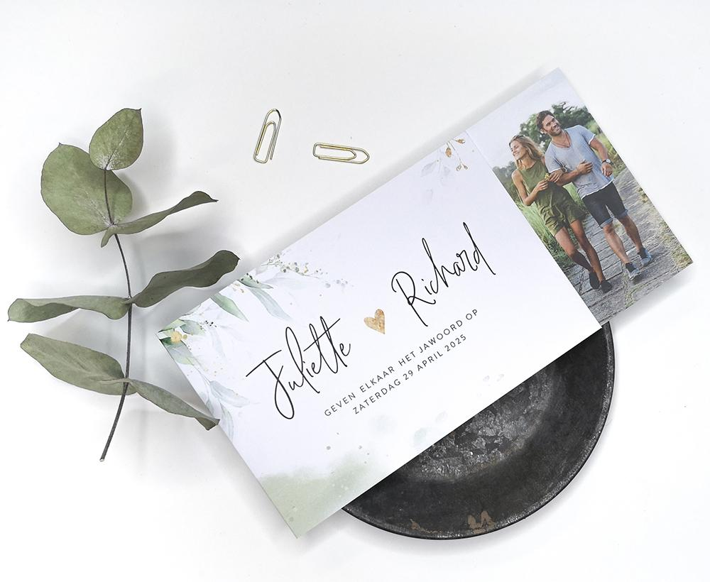Botanische DIY trouwkaart met eigen foto trouwkaart Botanisch Foto Illustratie Typografisch