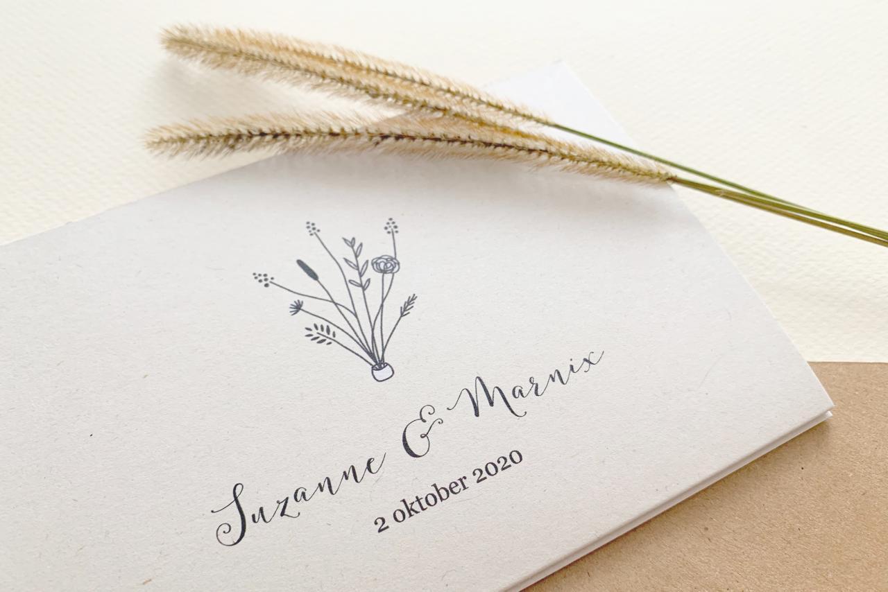 Zig zag trouwkaart met handgetekende illustraties trouwkaart Kraft Origineel Illustratie Handgemaakt