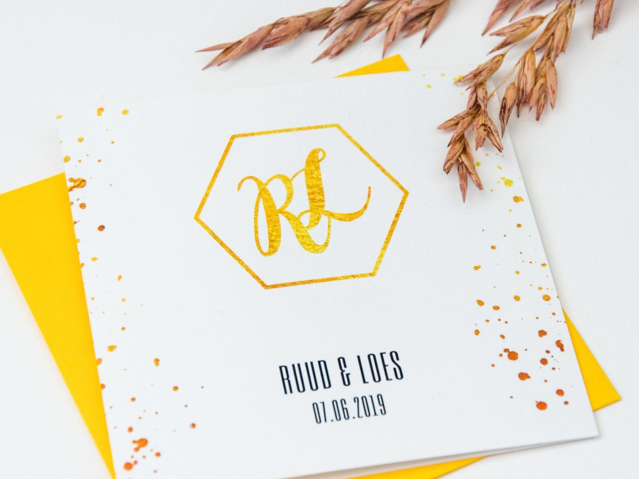 Goudlook trouwkaart met trouwlogo trouwkaart Brons zilver en goud