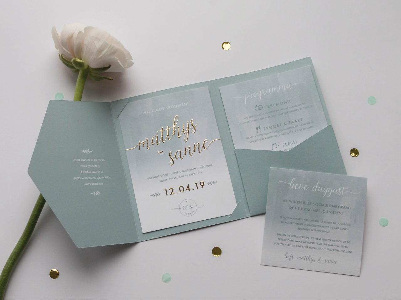 Luxe pocketfold met goudfolie trouwkaart Brons zilver en goud
