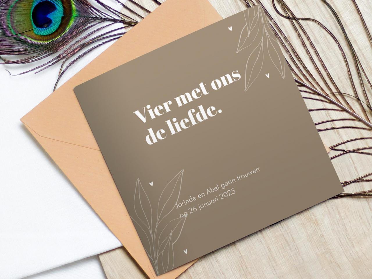 Trouwkaart Brave Ground met bladeren trouwkaart Stijlvol Typografisch Gevouwen Stoer