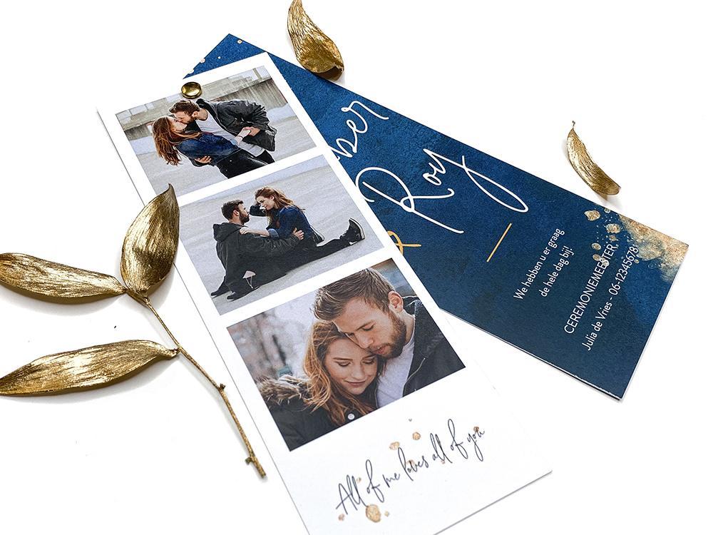 Blauwe trouwkaart met gouden spetters en polaroid kader trouwkaart Origineel Romantisch Foto Aquarel en Watercolor