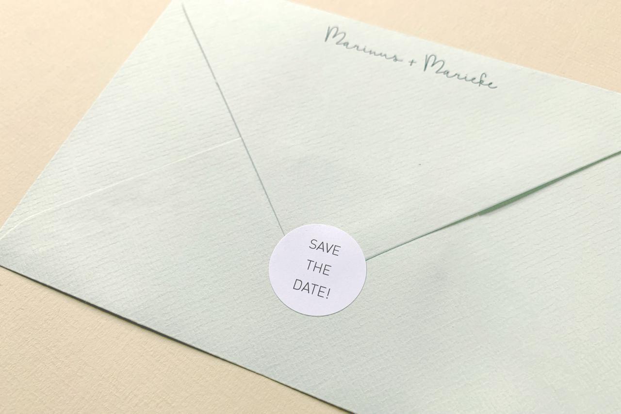 save the date met handgescheurd randje trouwkaart Save the Date