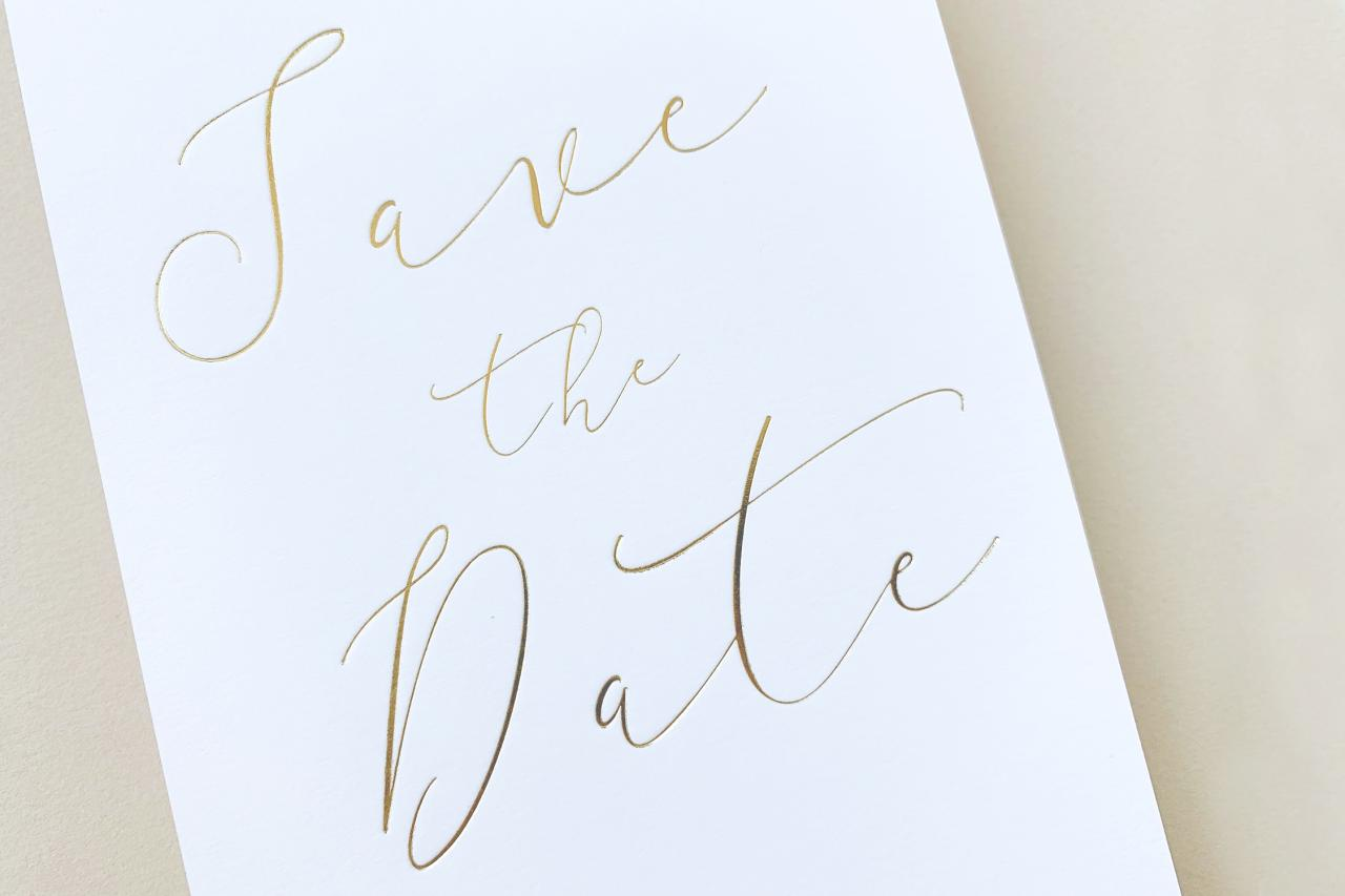 Save the date met gouden foliedruk trouwkaart Save the Date