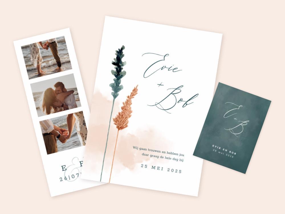 Chique trouwkaart met droogbloemen en waterverf trouwkaart Stijlvol Aquarel en Watercolor Botanisch Origineel