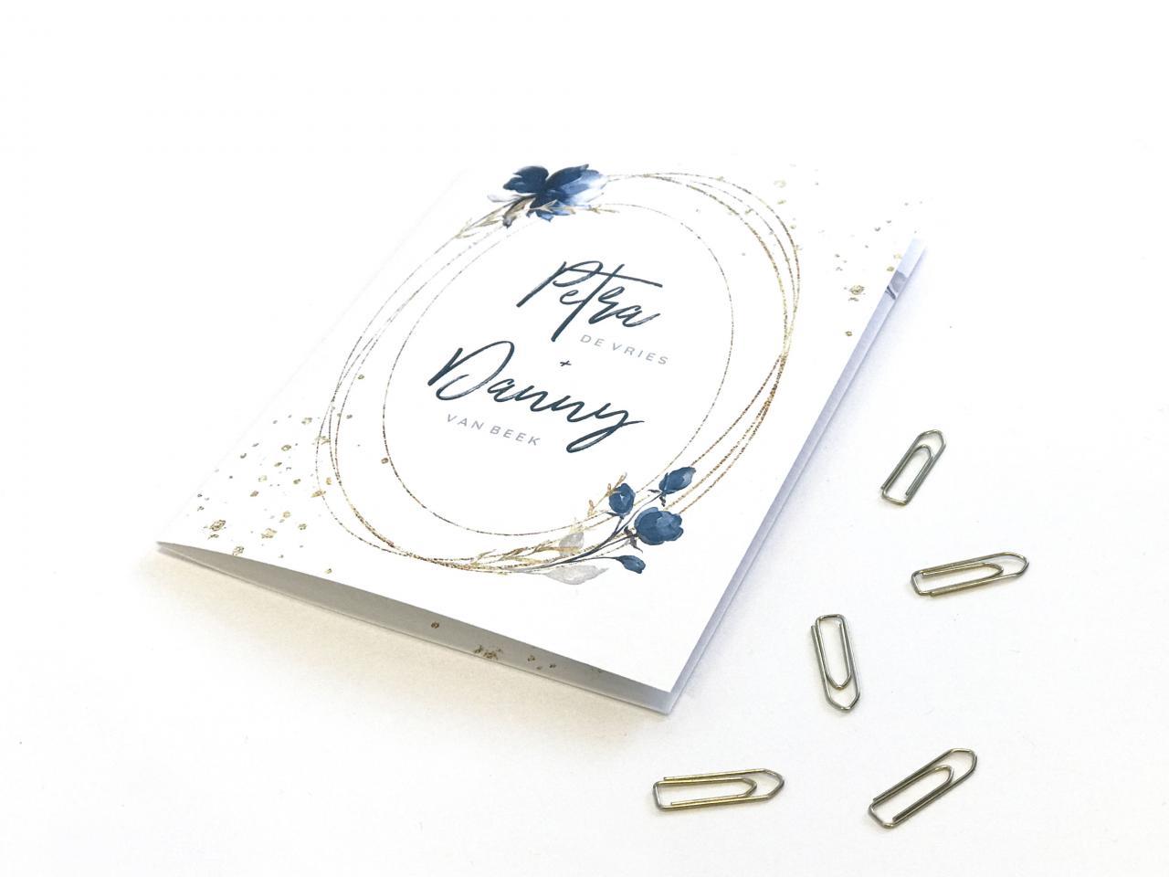 Trouwkaart met gouden ovaal trouwkaart Klassiek Romantisch Aquarel en Watercolor Typografisch