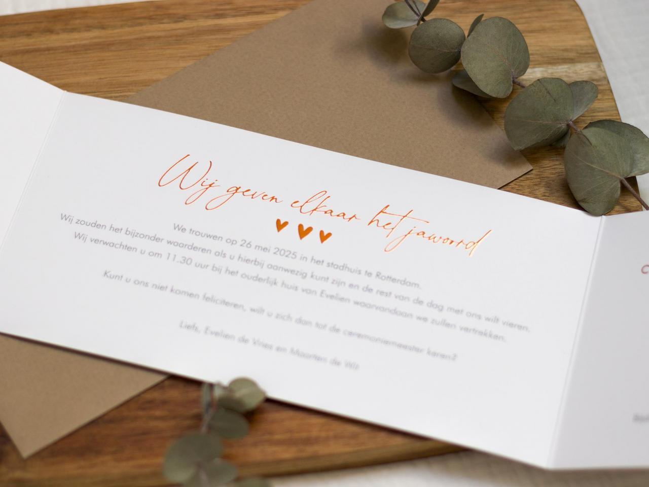Tweeluik trouwkaart met waterverf en koperfolie trouwkaart Stijlvol Brons zilver en goud Luxe Foto