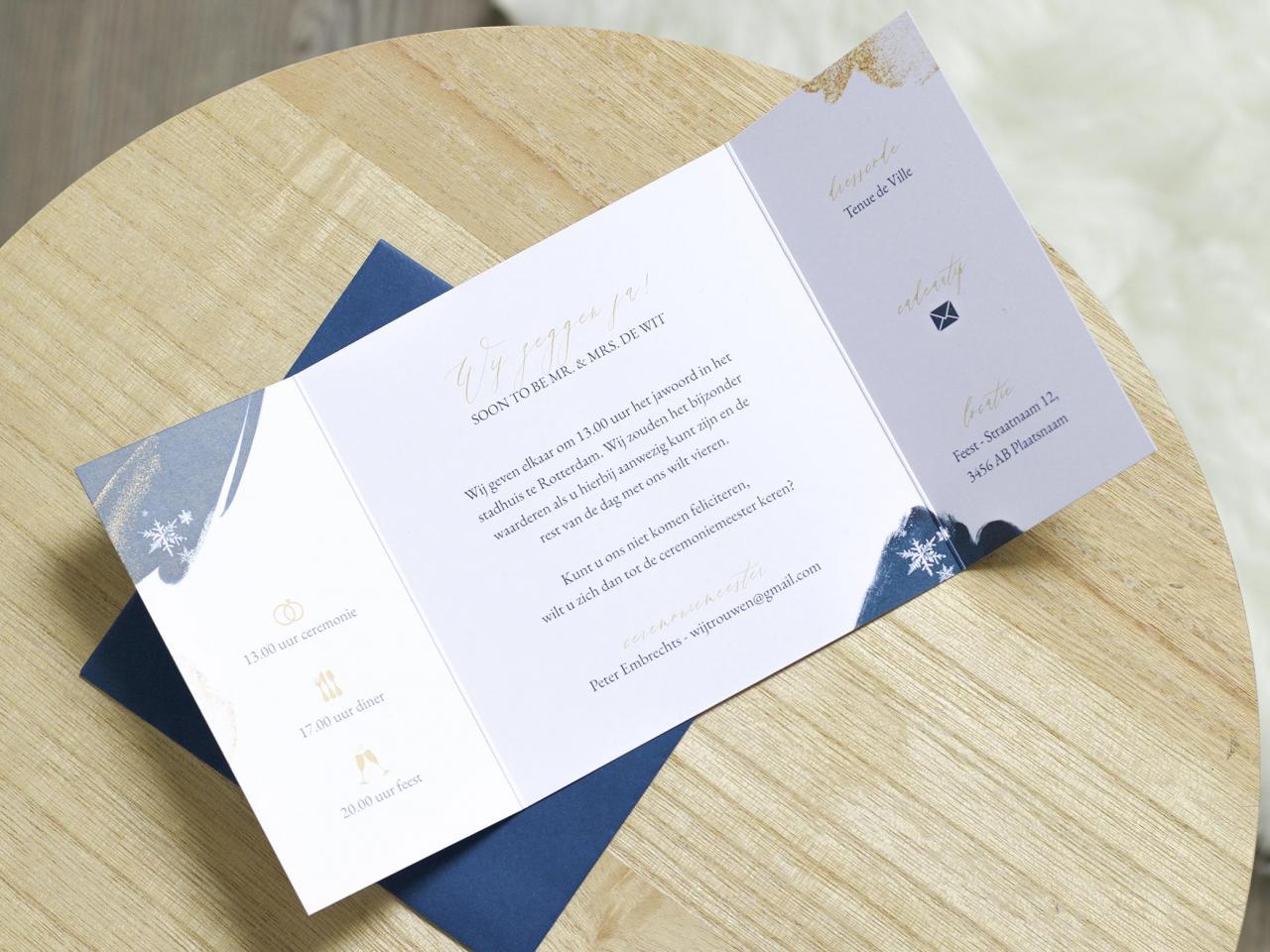 Tweeluik trouwkaart met sneeuwsterren en foto trouwkaart Stijlvol Foto Origineel Brons zilver en goud